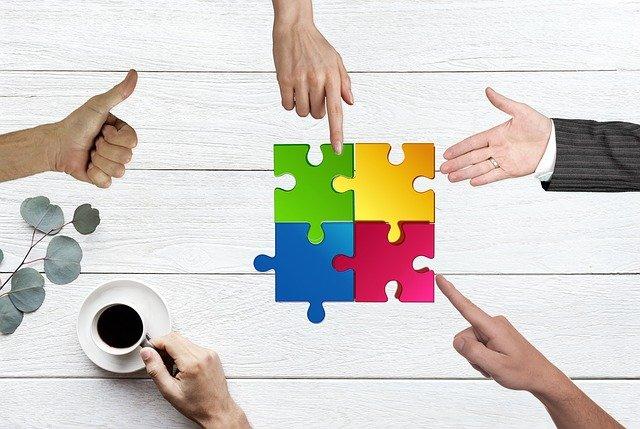 Benefits of Informal vs Formal Mentoring Program